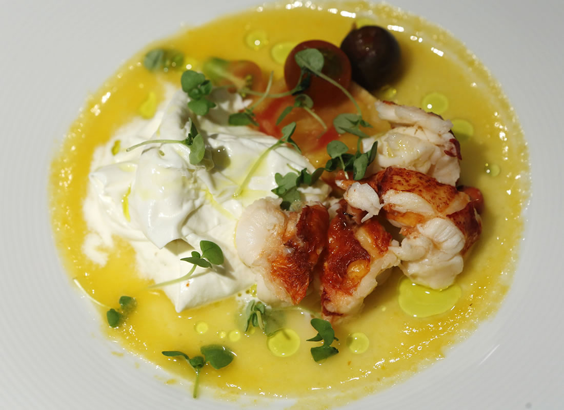 lobster-with-burrata-and-tomatoes